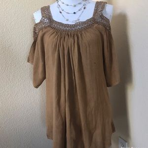 Pre-Loved Ladies Top by S.R. Fashion